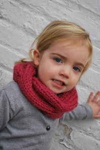 Children's Quick Knitted Cowl by A Crafty House (50-55 yds)