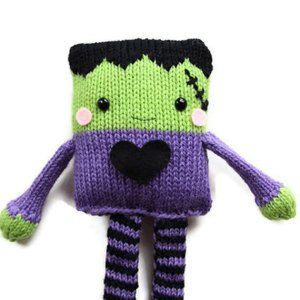 Halloween Knit Toy pattern by GandGPatterns